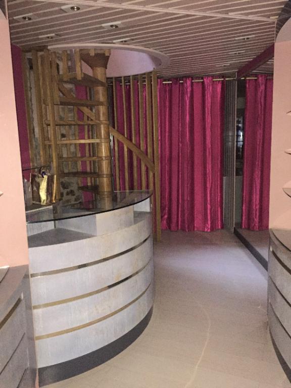 Sale empty room/storage Parthenay 55900€ - Picture 2