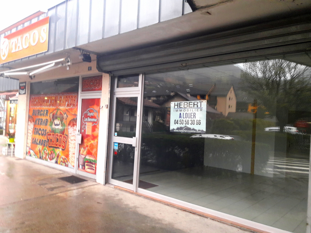 LOCAL COMMERCIAL A LOUER SALLANCHES  74700