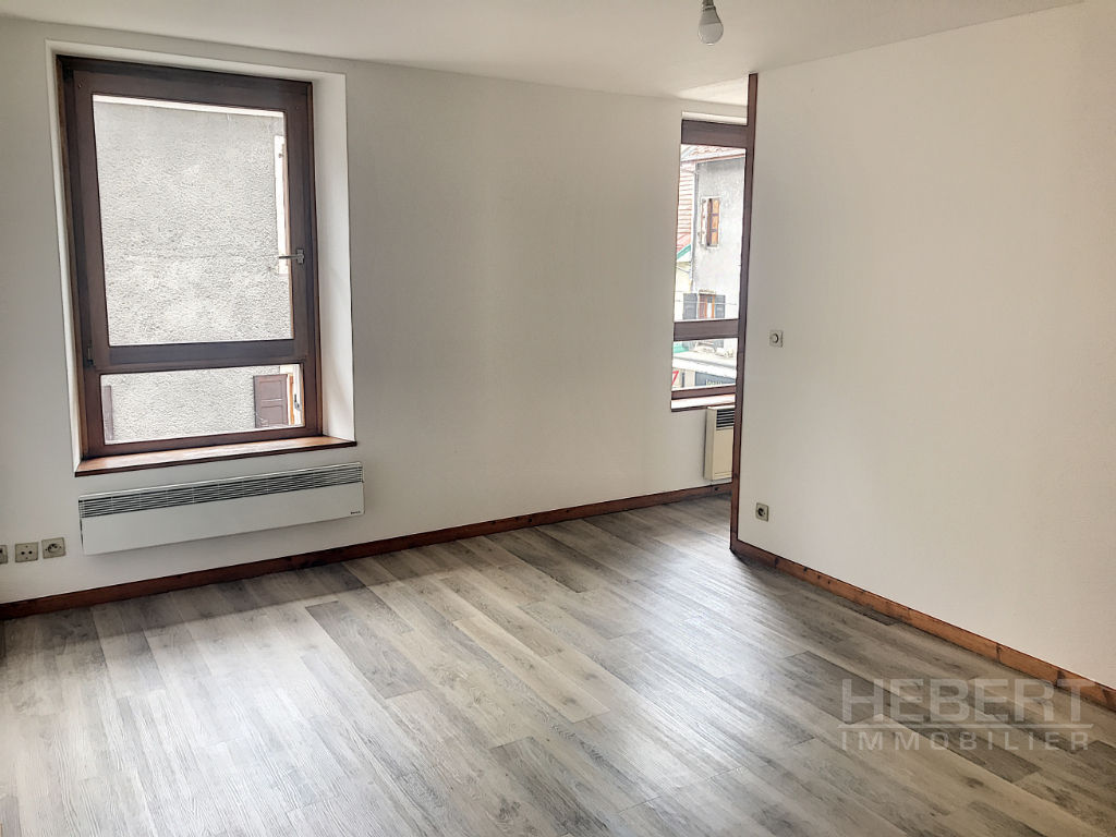 Location appartement Sallanches 517€ CC - Photo 2