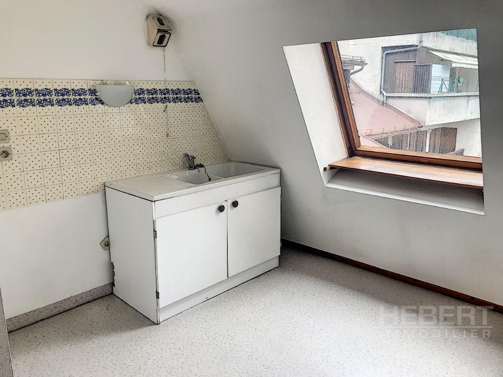 Rental apartment Sallanches 495€ CC - Picture 11