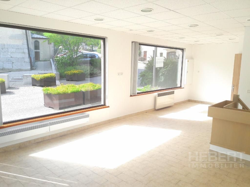 Rental empty room/storage Sallanches 975€ CC - Picture 4