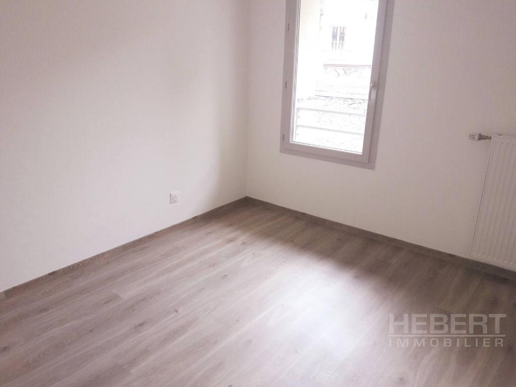 Vente appartement Sallanches 236000€ - Photo 2