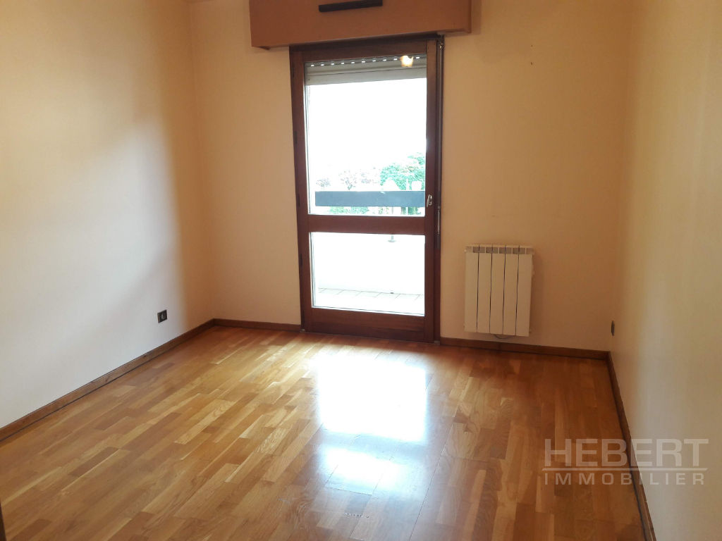 Rental apartment Sallanches 960€ CC - Picture 7