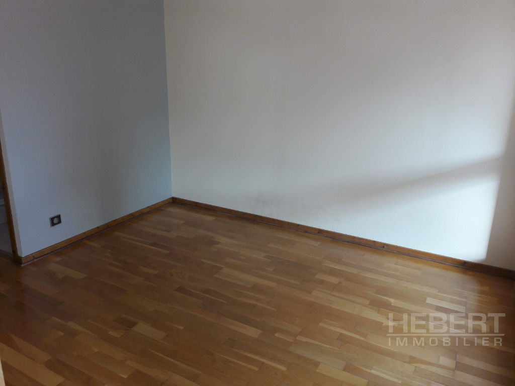Rental apartment Sallanches 960€ CC - Picture 9