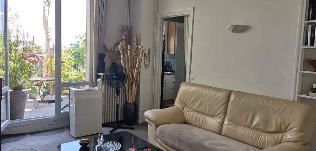 2-room apartment Asnières-sur-Seine - 3 | Caractère international