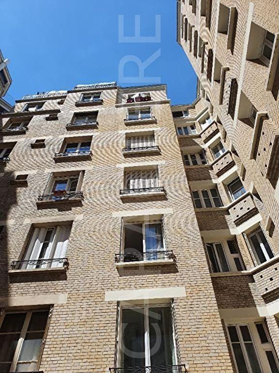 2-room apartment Asnières-sur-Seine - 8 | Caractère international