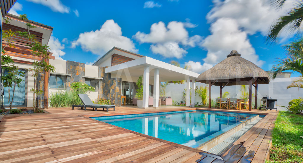 Furnished 4 bedroom villa to buy in Mauritius | CARACTERE international