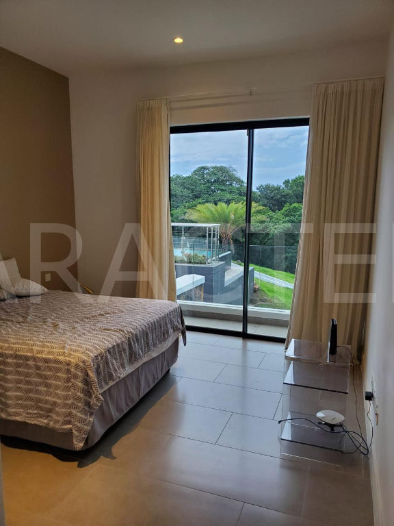 Contemporary villa 7 bedrooms North East Mauritius - 8 | CARACTERE international