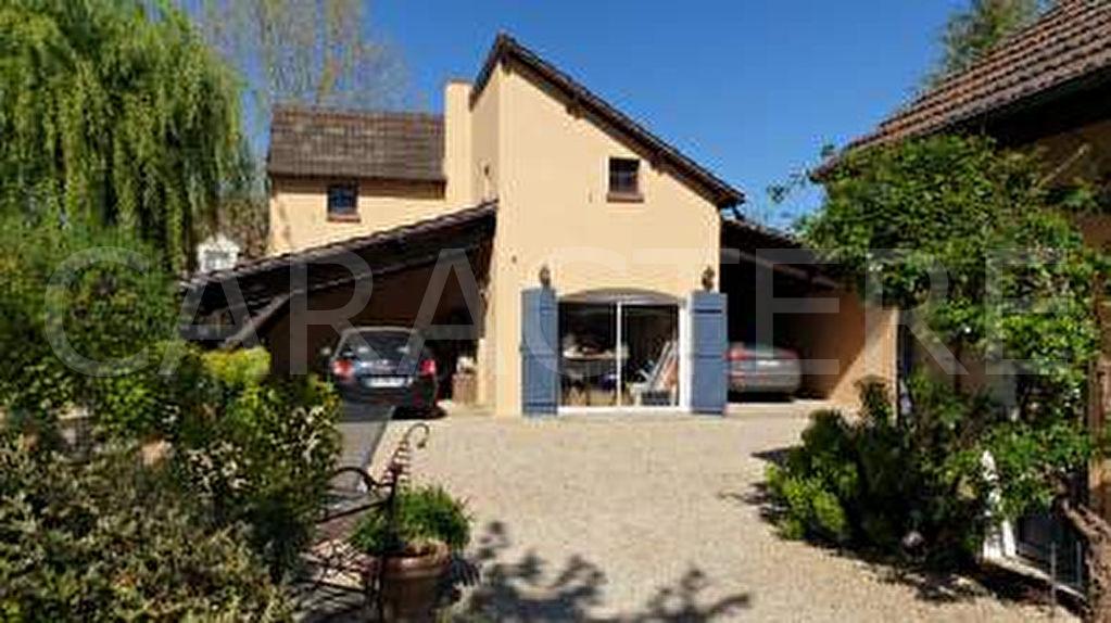 Maison Chevannes 8 pièce(s) 150 m2 - 4 | Caractère international