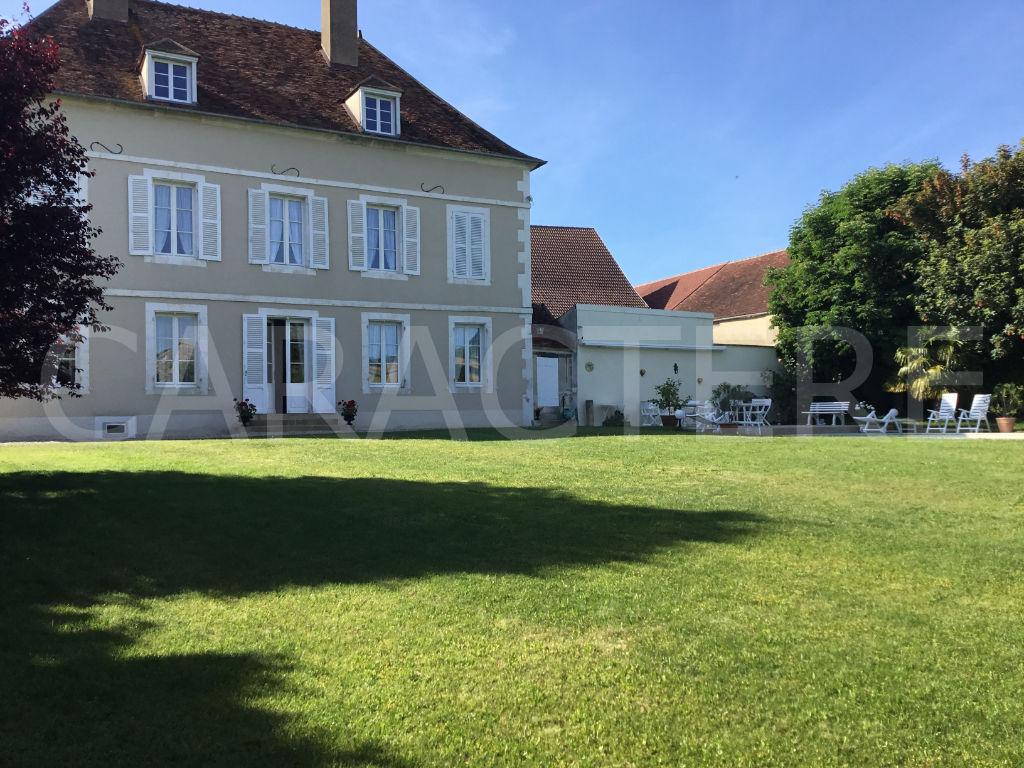 Demeure de prestige Auxerre 11 pièce(s) 390 m2 - 2   Caractère international