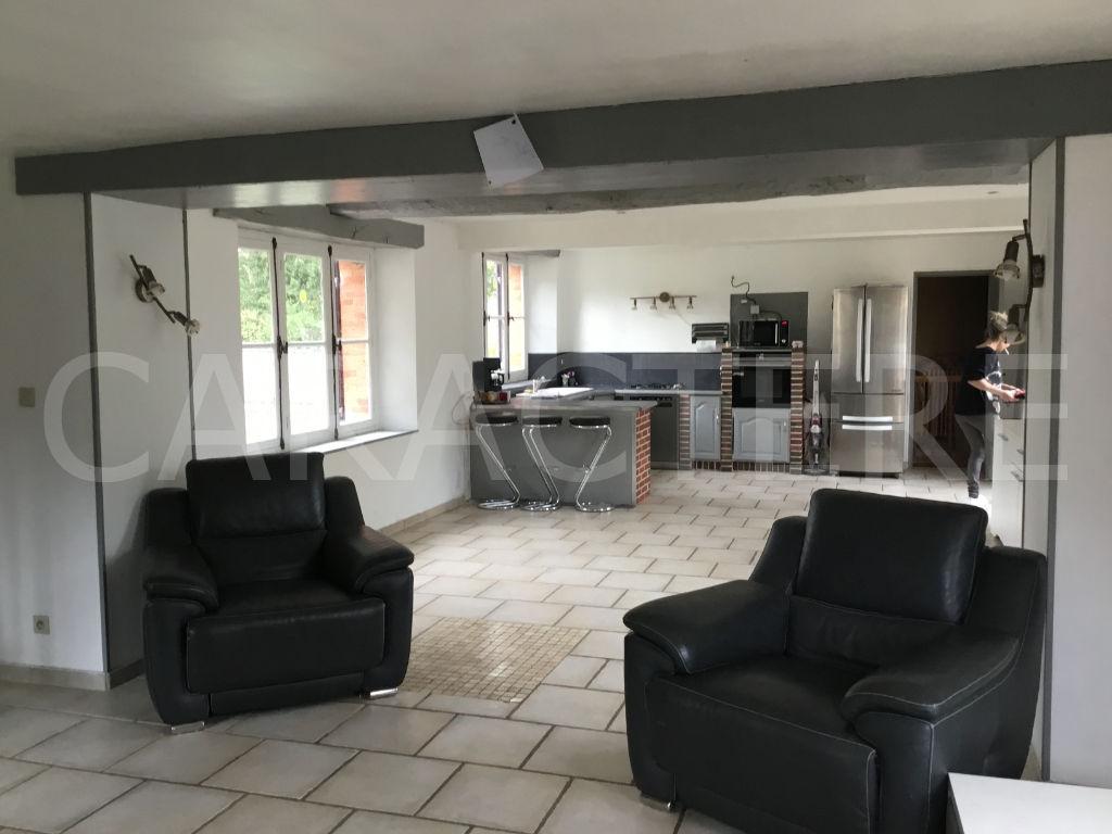 Maison La Celle St Cyr 6 pièce(s) 180 m2 - 8   CARACTERE international