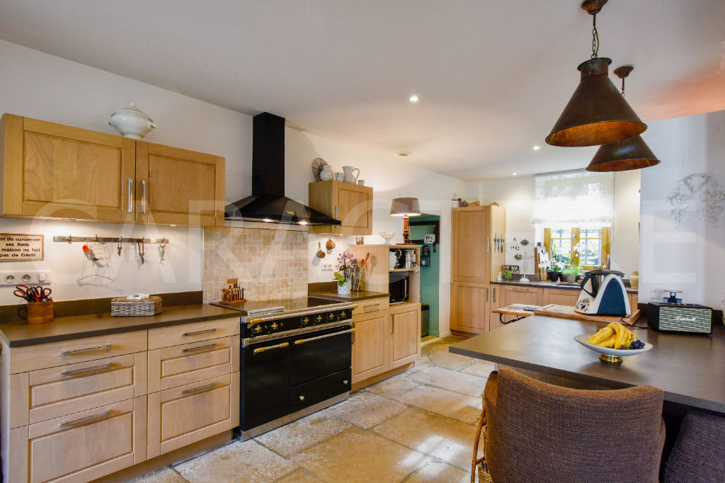 Character property 1h45 from Paris - 6 | CARACTERE international