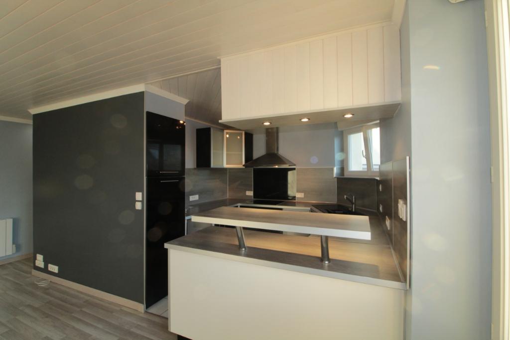 Sale apartment Lorient 91000€ - Picture 2