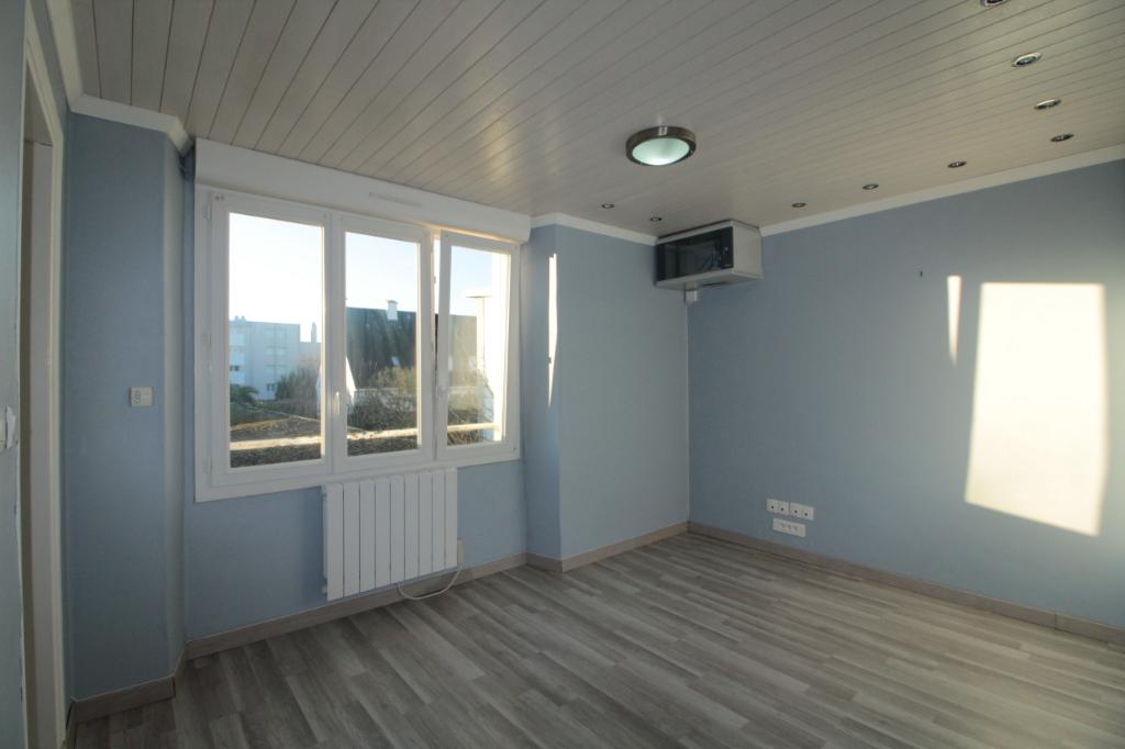 Sale apartment Lorient 91000€ - Picture 3