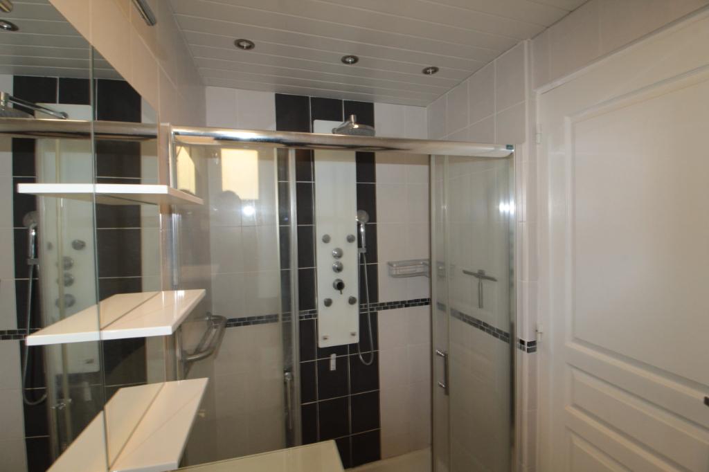 Sale apartment Lorient 91000€ - Picture 6