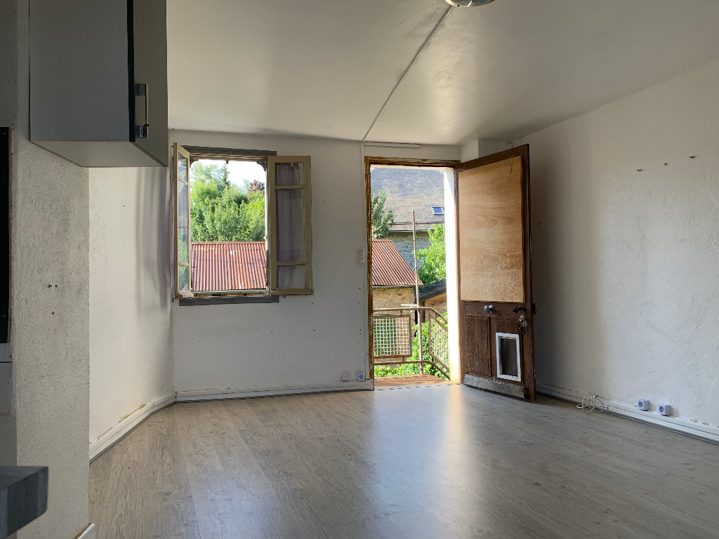 Photo A VENDRE - Ensemble immobilier 9 pièces - SAINT GERMAIN DU TEIL image 1/6
