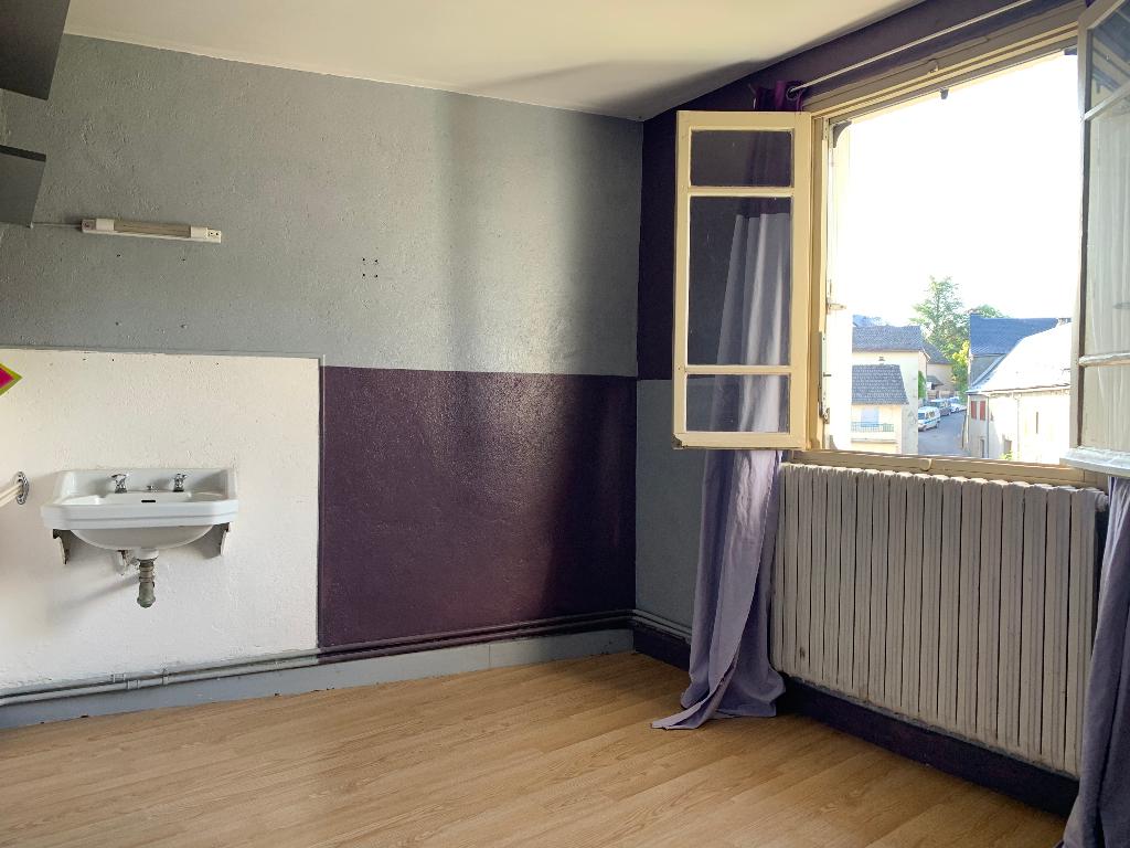 Photo A VENDRE - Ensemble immobilier 9 pièces - SAINT GERMAIN DU TEIL image 5/6