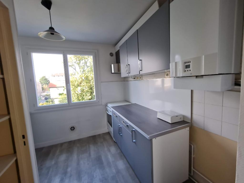 Sale apartment Pau 68000€ - Picture 2