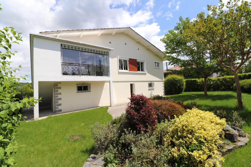 Location appartement Gan 650€ CC - Photo 1
