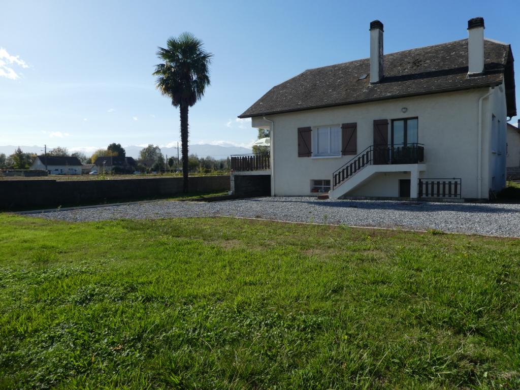 Sale house / villa Assat 181200€ - Picture 1