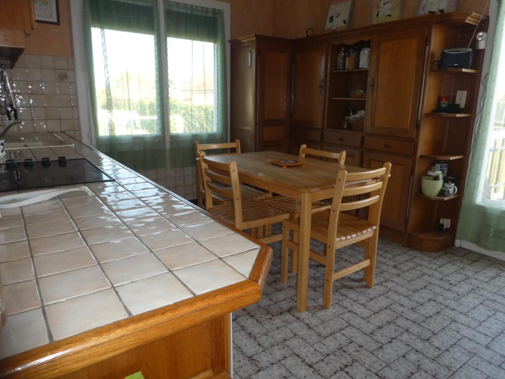 Sale house / villa Assat 181200€ - Picture 2
