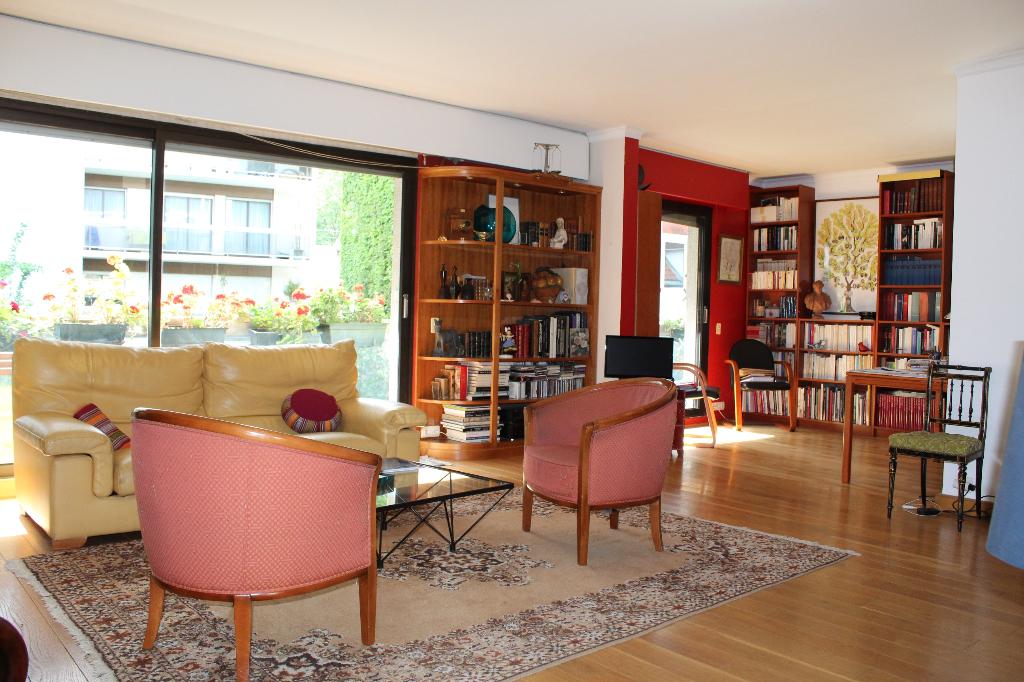 Vente Appartement de 6 pièces 132 m² - PARIS 75015 | IMMOBILIERE CONVENTION - AR photo2