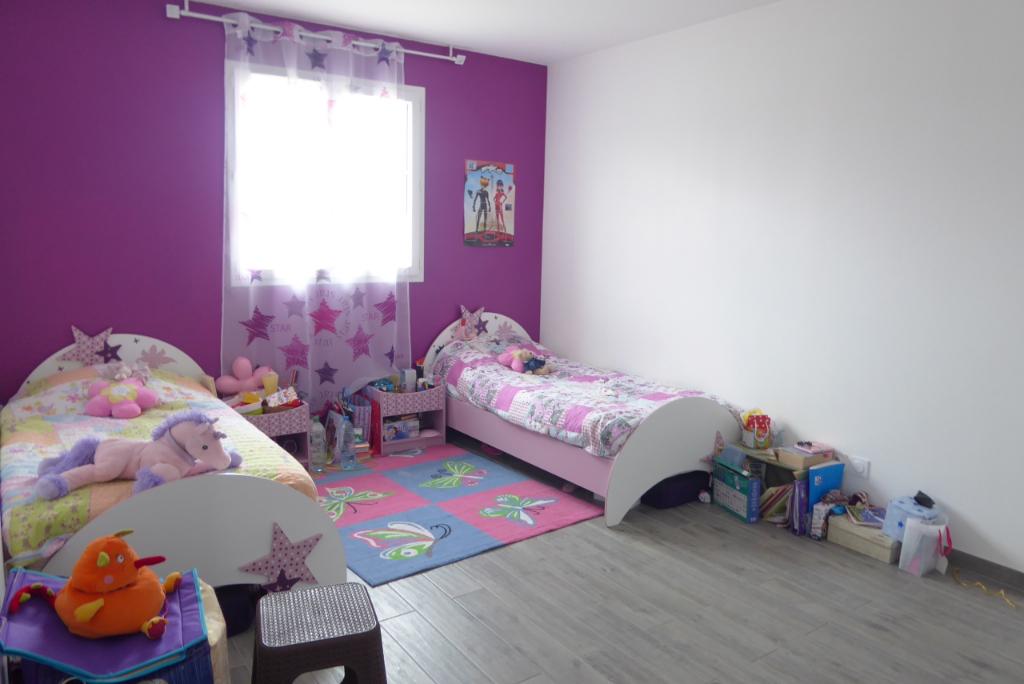 Sale house / villa Bourgoin jallieu 349000€ - Picture 4