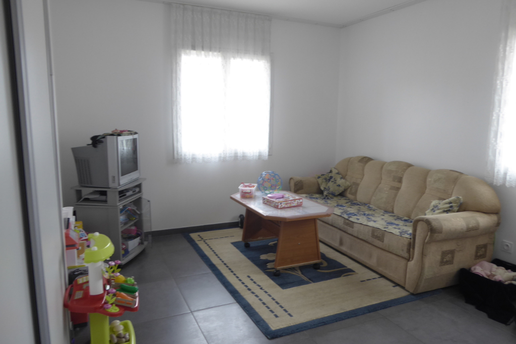 Sale house / villa Bourgoin jallieu 349000€ - Picture 9