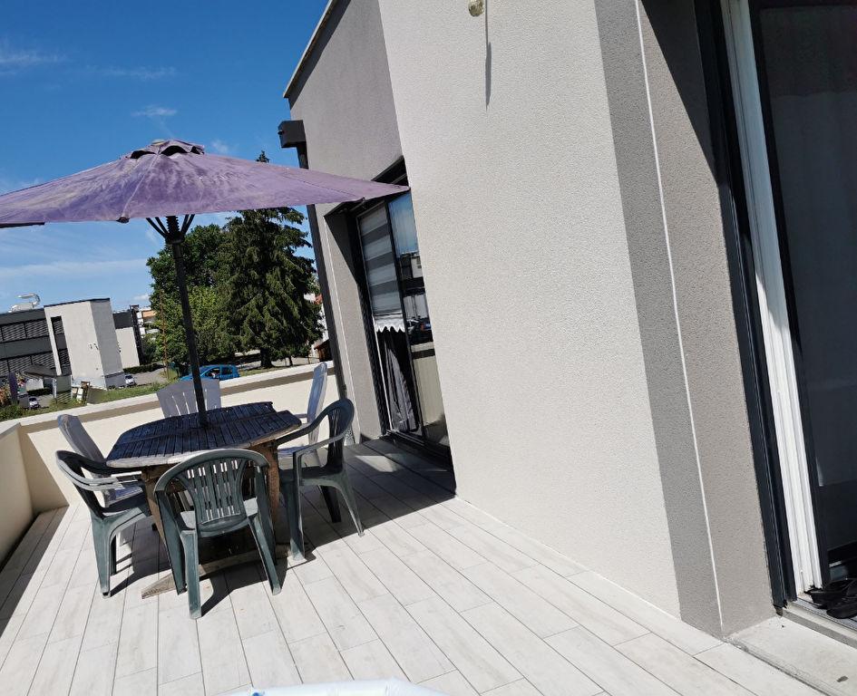 Sale house / villa Bourgoin jallieu 349000€ - Picture 11