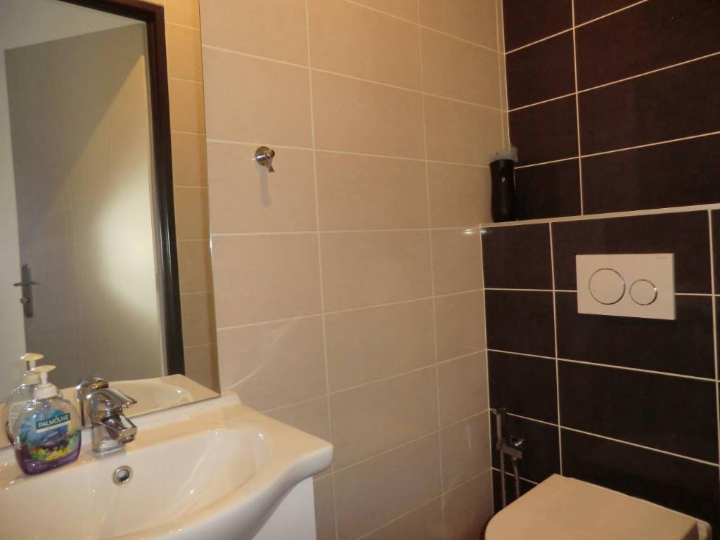 Sale house / villa Bourgoin jallieu 349000€ - Picture 12