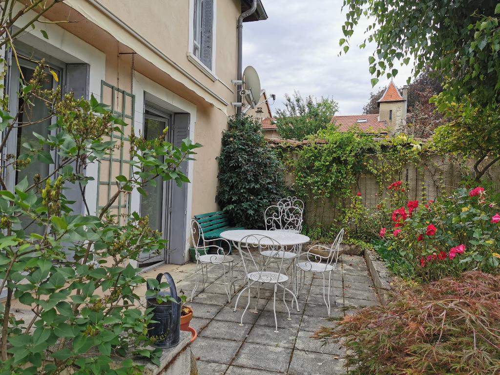 Vente maison / villa La tour du pin 245000€ - Photo 18