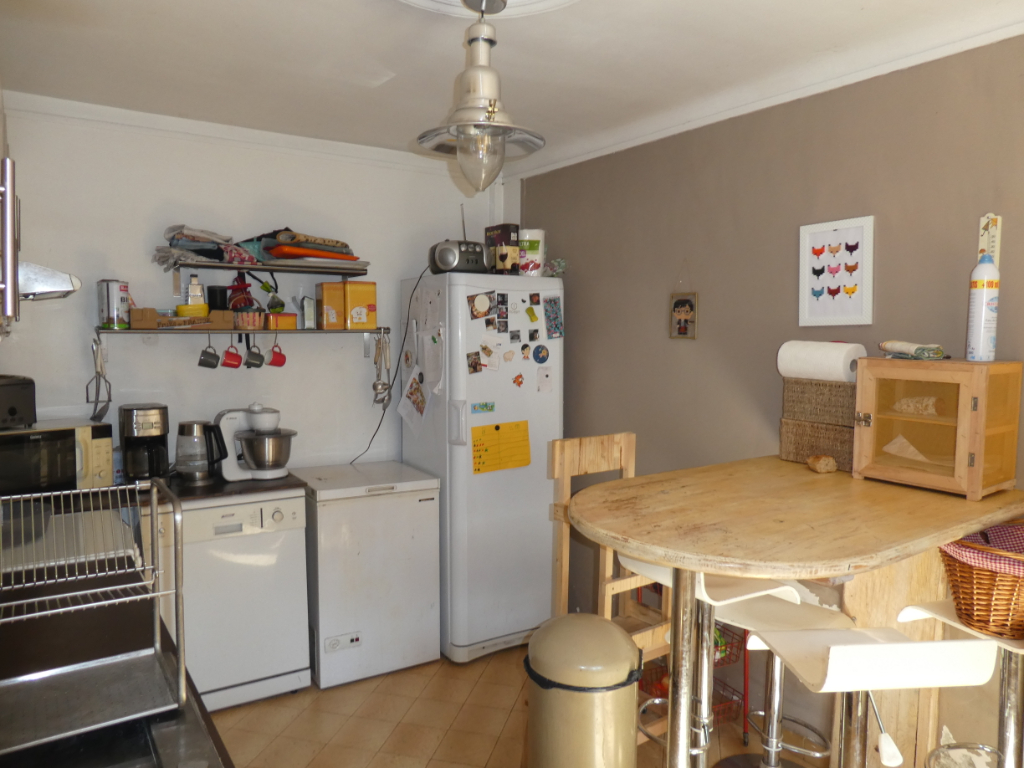 Sale house / villa Bourgoin jallieu 274000€ - Picture 9