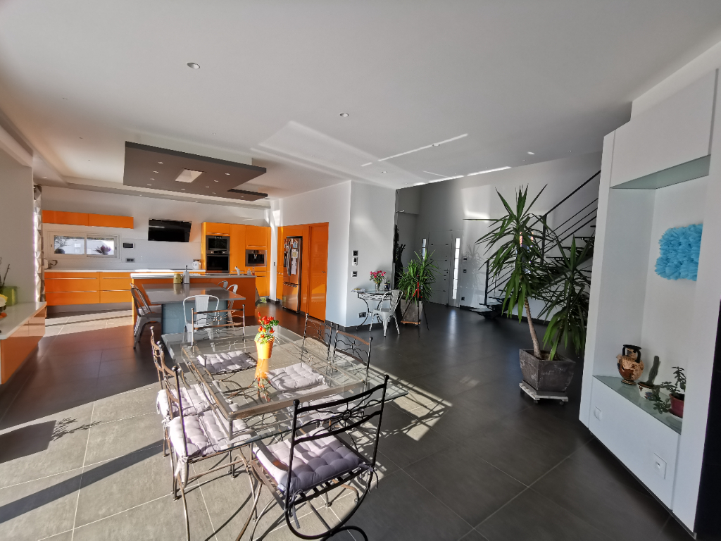 Vente maison / villa Bourgoin jallieu 610000€ - Photo 4