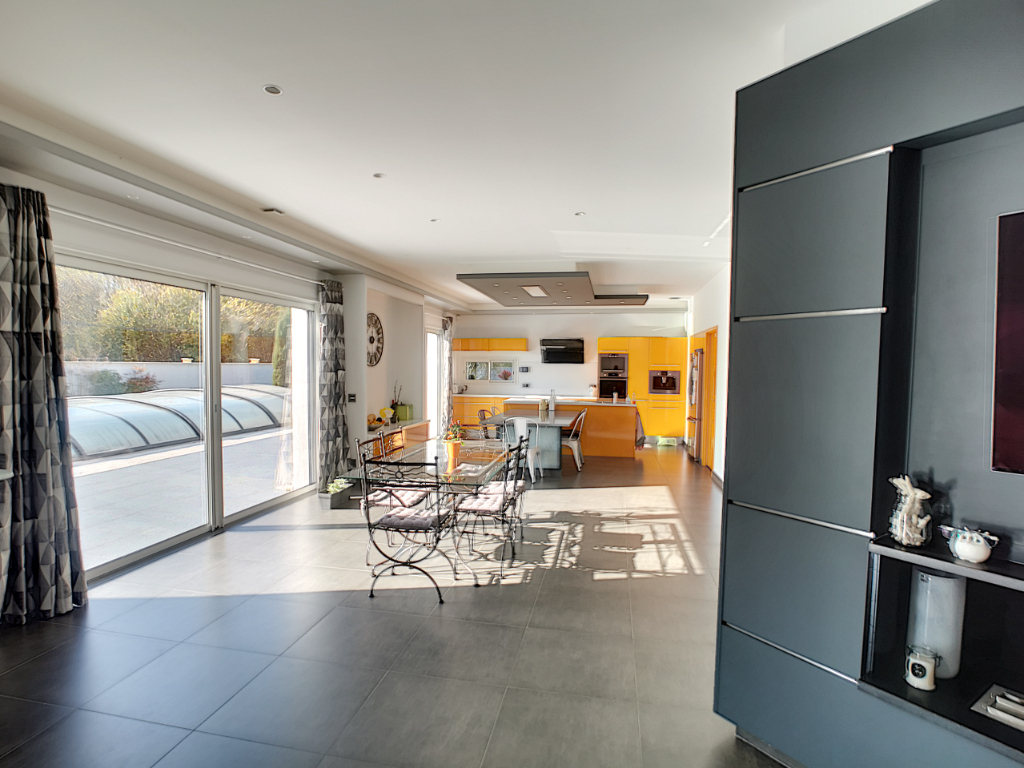 Vente maison / villa Bourgoin jallieu 610000€ - Photo 8