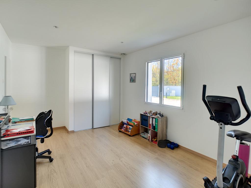 Vente maison / villa Bourgoin jallieu 610000€ - Photo 10