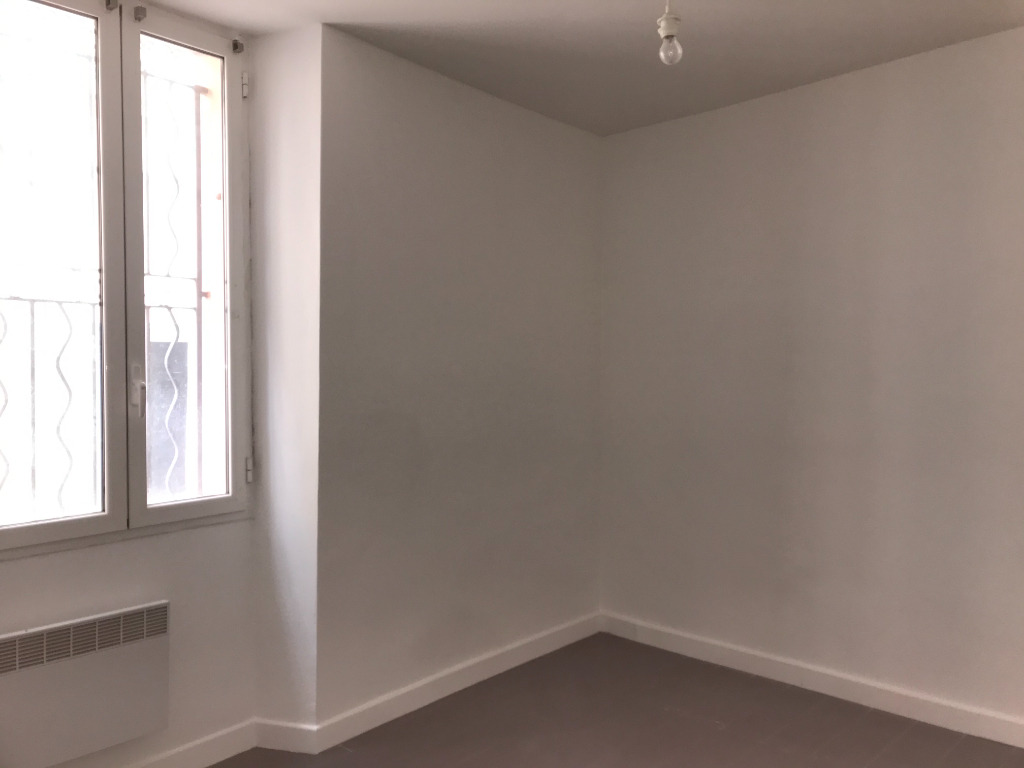 Vente Appartement de 2 pièces 45 m² - HYERES 83400 | IMOGROUP HYERES - IMOGROUP photo5