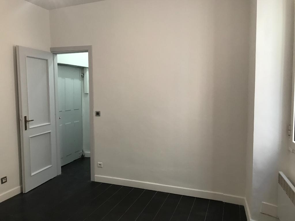 Vente Appartement de 2 pièces 45 m² - HYERES 83400 | IMOGROUP HYERES - IMOGROUP photo6