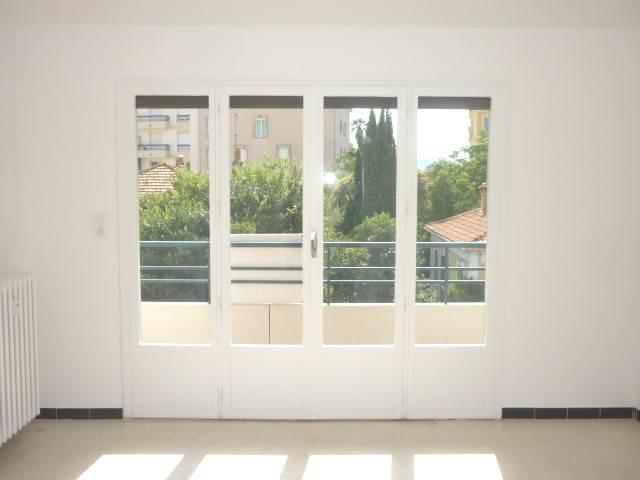 Vente Appartement de 1 pièces 28 m² - HYERES 83400 | IMOGROUP HYERES - IMOGROUP photo1