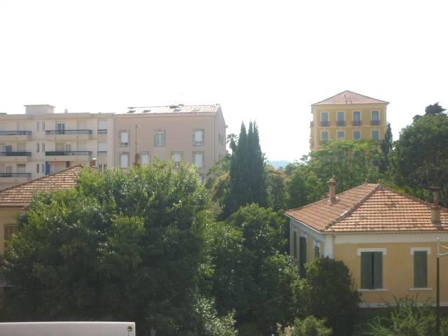 Vente Appartement de 1 pièces 28 m² - HYERES 83400 | IMOGROUP HYERES - IMOGROUP photo8