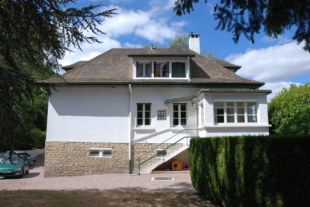 villa f6 secteur residentiel montceau les mines 71300. Black Bedroom Furniture Sets. Home Design Ideas