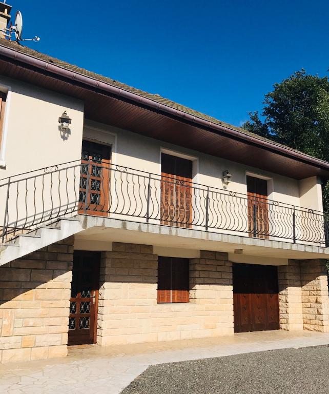 Vente Maison de 6 pièces 120 m² - SAINT SERNIN DU BOIS 71200 | IMOGROUP LE CREUSOT - IMOGROUP photo11
