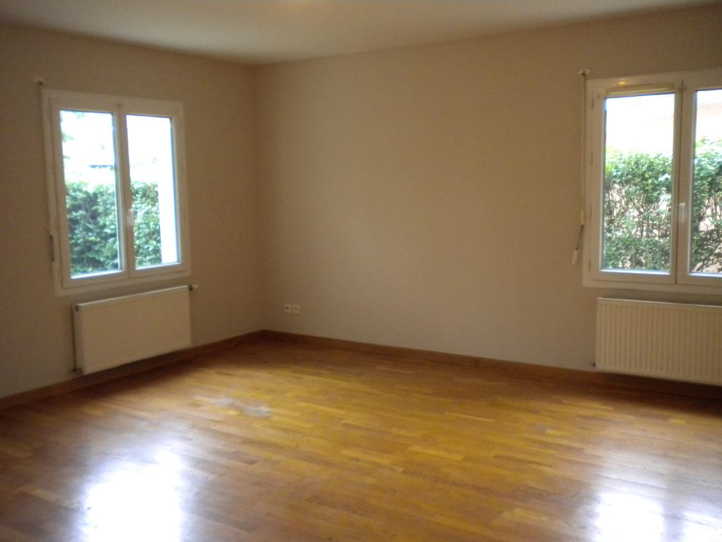 Location Appartement de 4 pièces 98 m² - AMBERIEU EN BUGEY 01500   IMOGROUP AMBERIEU - IMOGROUP photo1