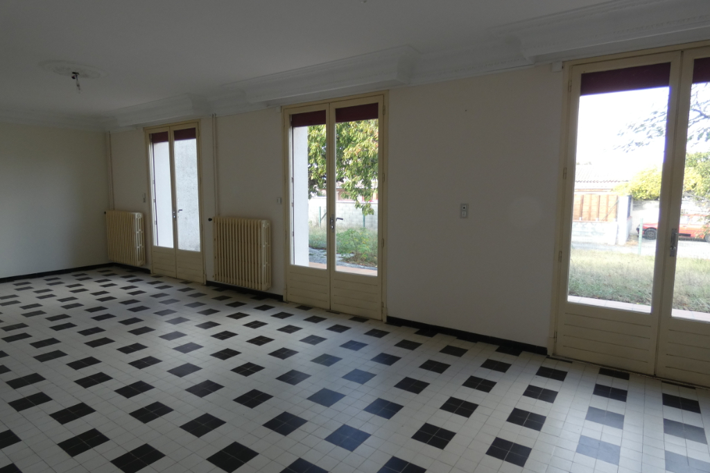 Vente Maison de 6 pièces 176 m² - CASTELNAUDARY 11400   IMOGROUP CASTELNAUDARY - IMOGROUP photo2