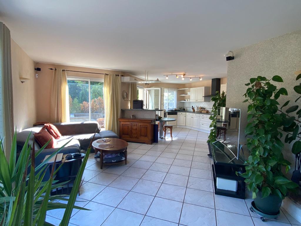 Vente Maison de 6 pièces 185 m² - VALSERHONE 01200 | IMOGROUP CHATILLON EN MICHAILLE - IMOGROUP photo3