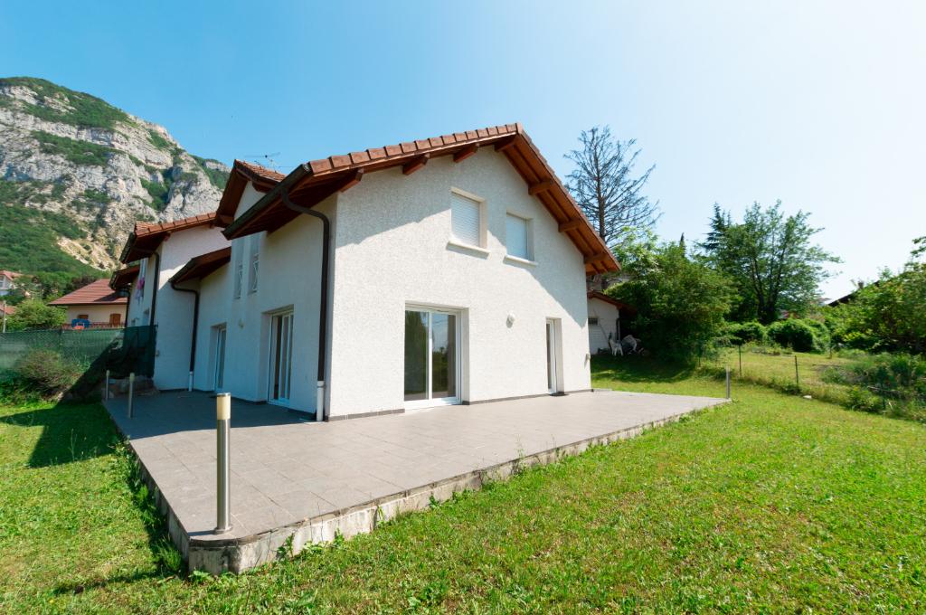 Location Maison de 5 pièces 160 m² - COLLONGES SOUS SALEVE 74160   IMOGROUP COLLONGES SOUS SALEVE - IMOGROUP photo2