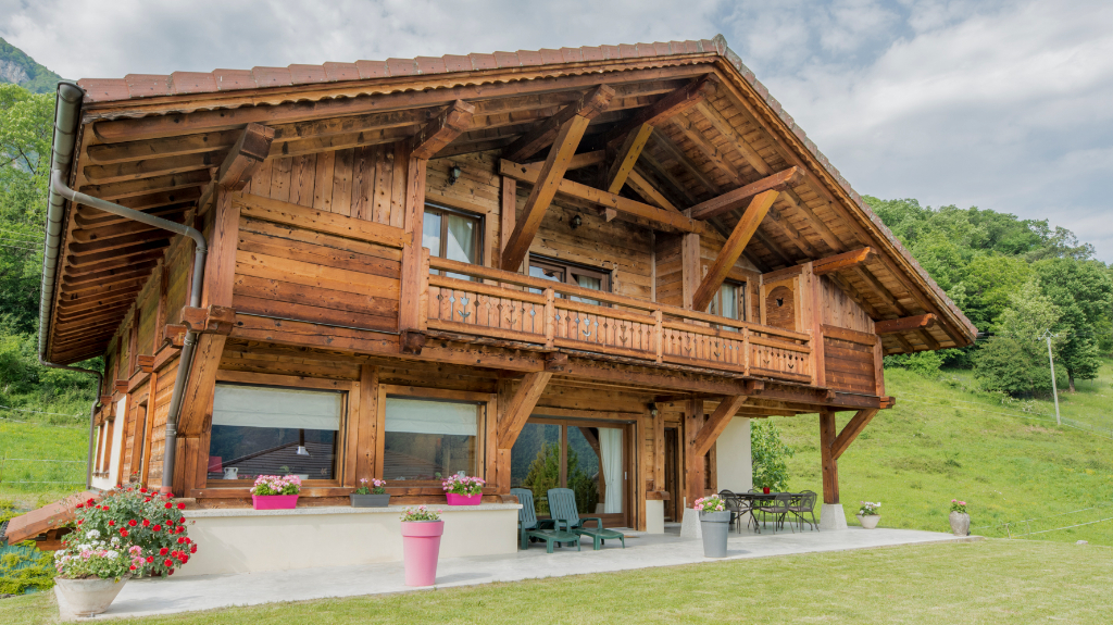 Vente Maison de 5 pièces 255 m² - AYSE 74130 | IMOGROUP DOUVAINE - IMOGROUP photo1
