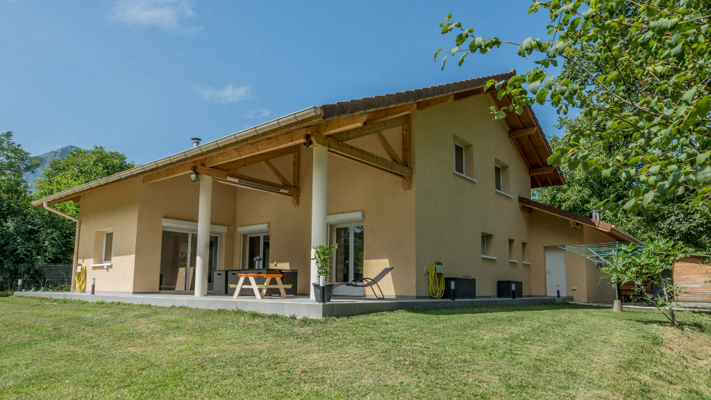 Vente Maison de 8 pièces 185 m² - THYEZ 74300   IMOGROUP DOUVAINE - IMOGROUP photo1