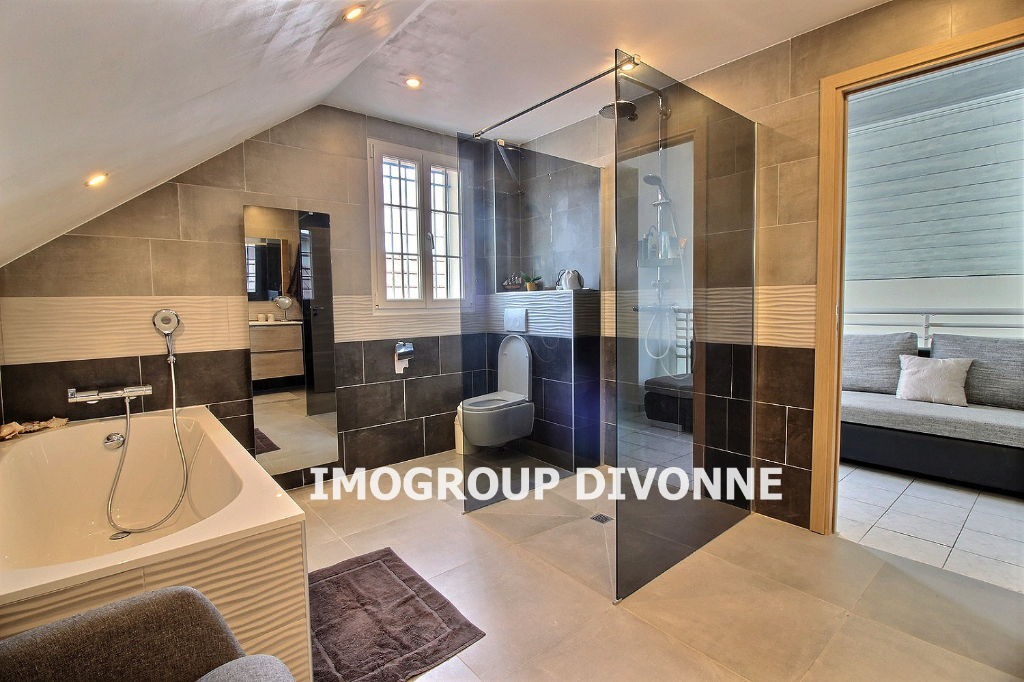 Location Maison de 6 pièces 185 m² - SAINT GENIS POUILLY 01630 | IMOGROUP DIVONNE LES BAINS - IMOGROUP photo4