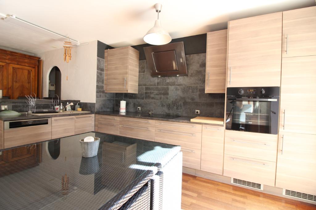 Location Appartement de 3 pièces 72 m² - CESSY 01170 | IMOGROUP DIVONNE LES BAINS - IMOGROUP photo2