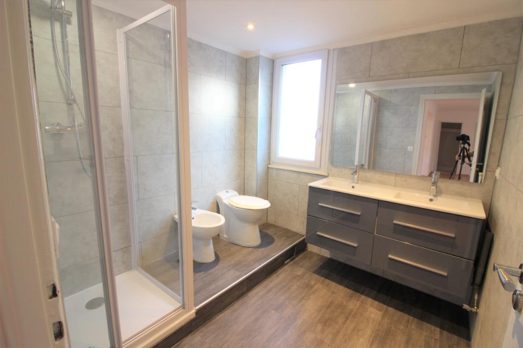 Location Appartement de 4 pièces 89 m² - DIVONNE LES BAINS 01220   IMOGROUP DIVONNE LES BAINS - IMOGROUP photo4